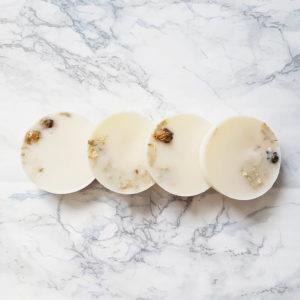 pastilles parfumées pour le linge de maison - parfum vegan ponoie - paves de cire en soja