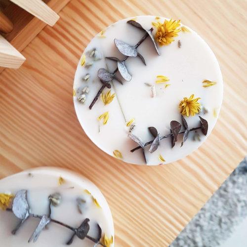 Abonnement box bougie fleurie by Ponoie - Box mensuelle bougie PARIS