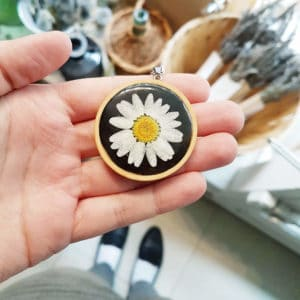 Collier fleuri HELENA - Marguerite