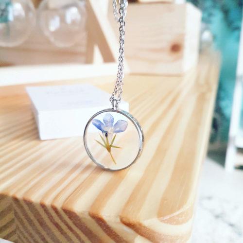 Collier fleuri TADEUSZ - Lobélie - Bijoux en fleurs séchées